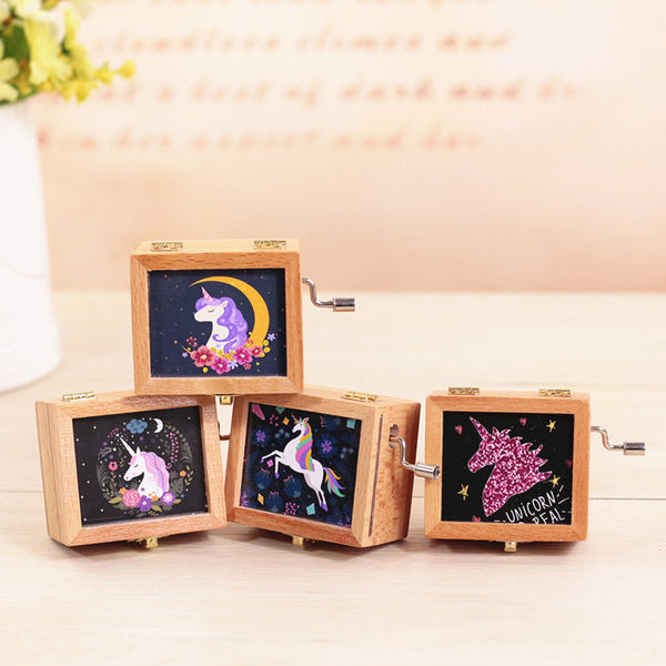 Wooden Retro Unicorn Music Box Birthday Party Favors Party Supplies Student Gift Music Box Hand-Cranked Home Decorations