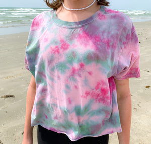 Teal and pink scrunch cropped tshirt