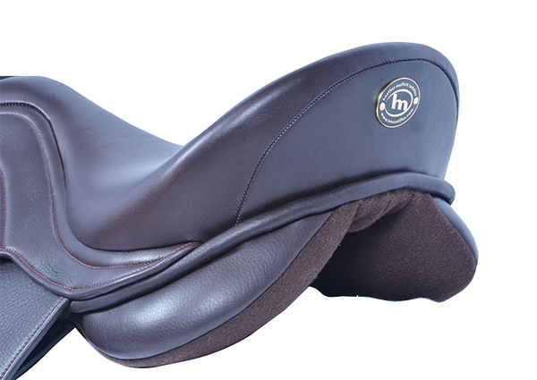 HM FlexEE Finale VSD saddle back view
