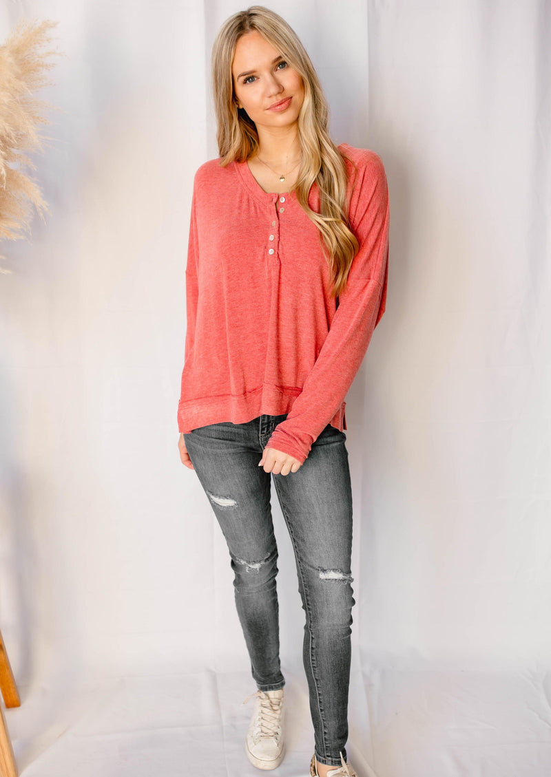 CATCHING FEELINGS LONG SLEEVE TOP | POPPY RED