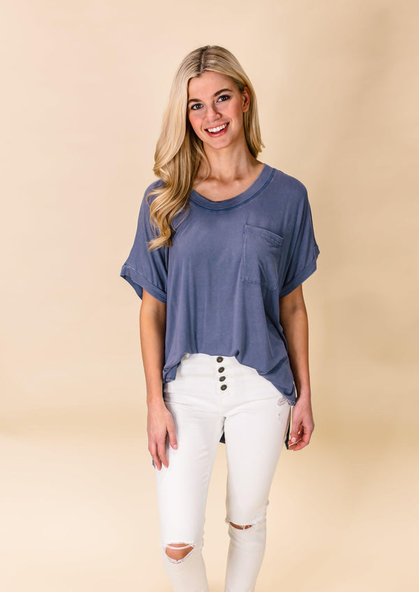 FEELING FINE MINERAL WASH TEE | DENIM BLUE