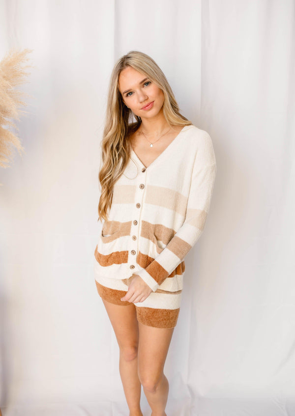 SNUGGLE ME CARDIGAN AND SHORT LOUNGE SET