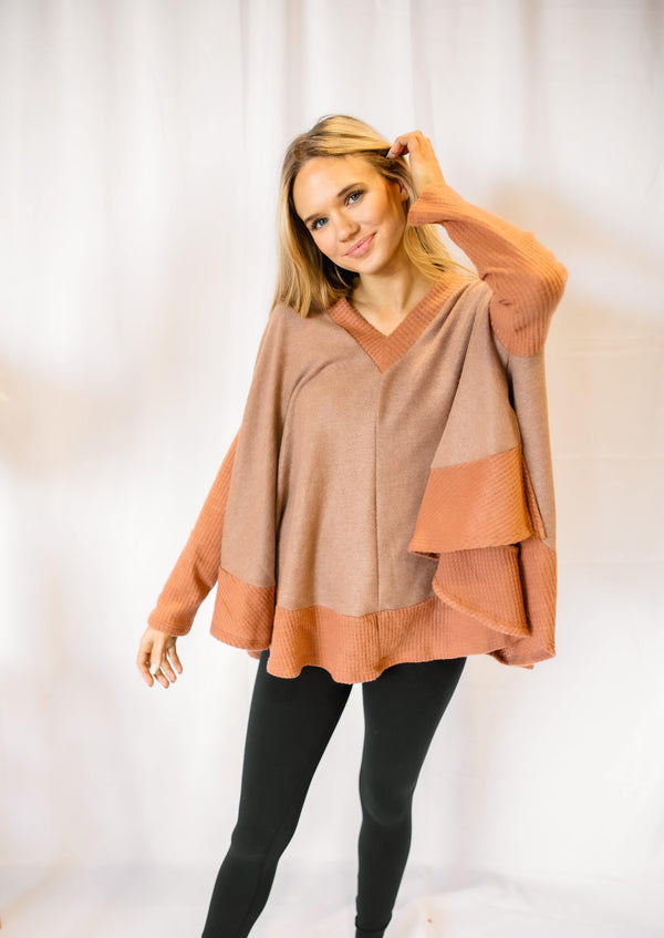 DOWNTOWN PONCHO SWEATER | BRONZE