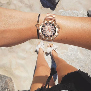 Luxury Design Flower Rhinestone Wrist Watch Women Casual Rose Gold Steel Belt Quartz Watch