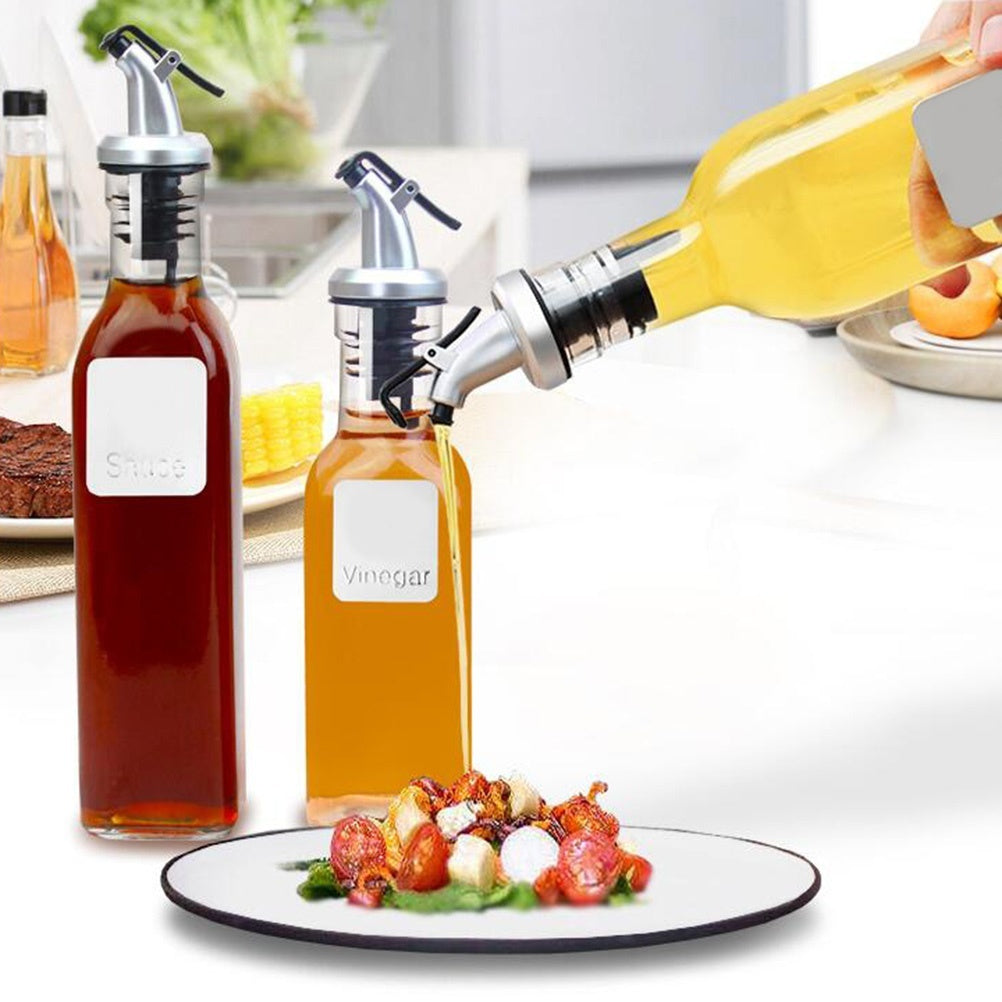 4Pcs Olive Oil Sprayer Liquor Dispenser Wine Pourers Flip Top Stopper Kitchen Tools Oil bottle leakproof nozzle