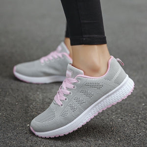 Spring Autumn Mesh Lovers Sneakers Fly Weave Light Breathable Sport Shoes Women Running Shoes Comfortable Sneakers