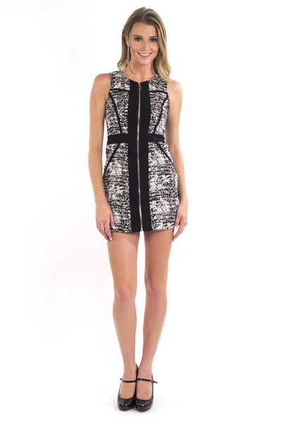 Mod Twist Dress - Black & White