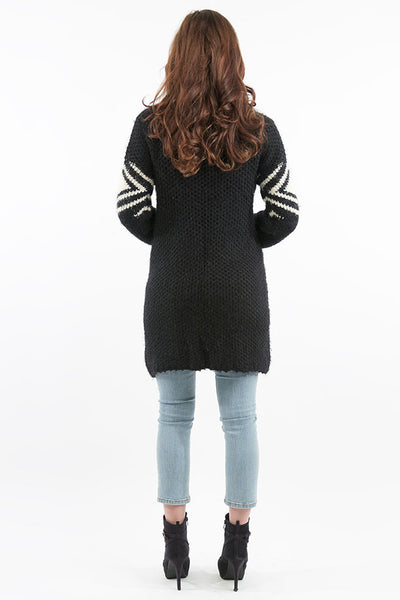 Cozy Black Cardigan Sweater with Drop Pockets - Chunky Knitting & Medium to Heavy Weight