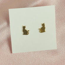 Load image into Gallery viewer, Cat Mom Stud Earrings - Tartiz Inc