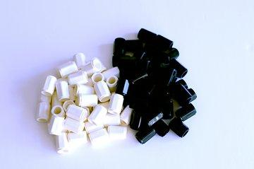 Numicon Black and White Pegs (80 pegs)