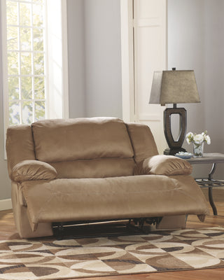 Hogan Signature Design by Ashley Recliner