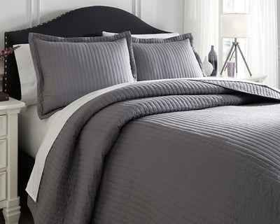 Raleda Signature Design by Ashley Coverlet Set Queen