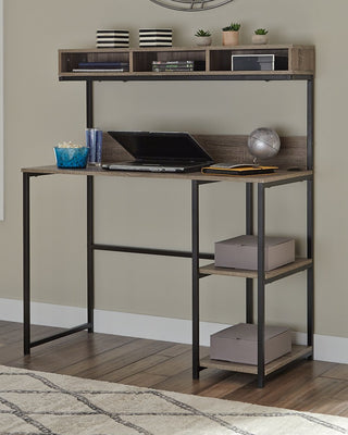 Daylicrew Signature Design by Ashley Home Office Desk and Hutch