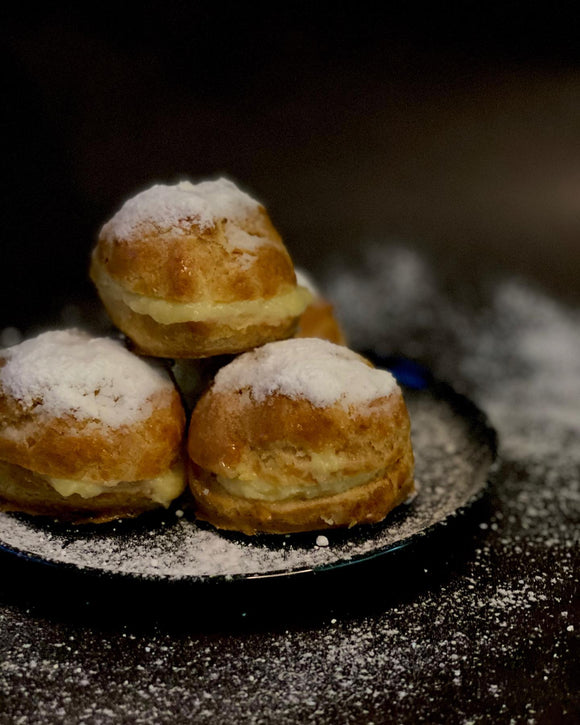 MNL.Foodies (Quezon City) Creampuff (Powdered) 12pcs
