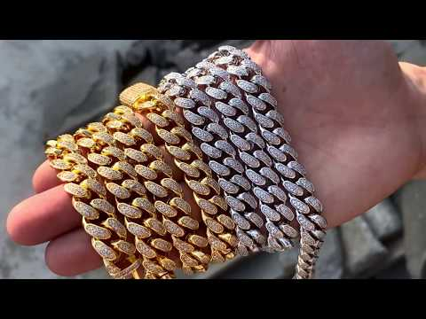 Diamond Cuban Link Choker (12mm) in Yellow Gold