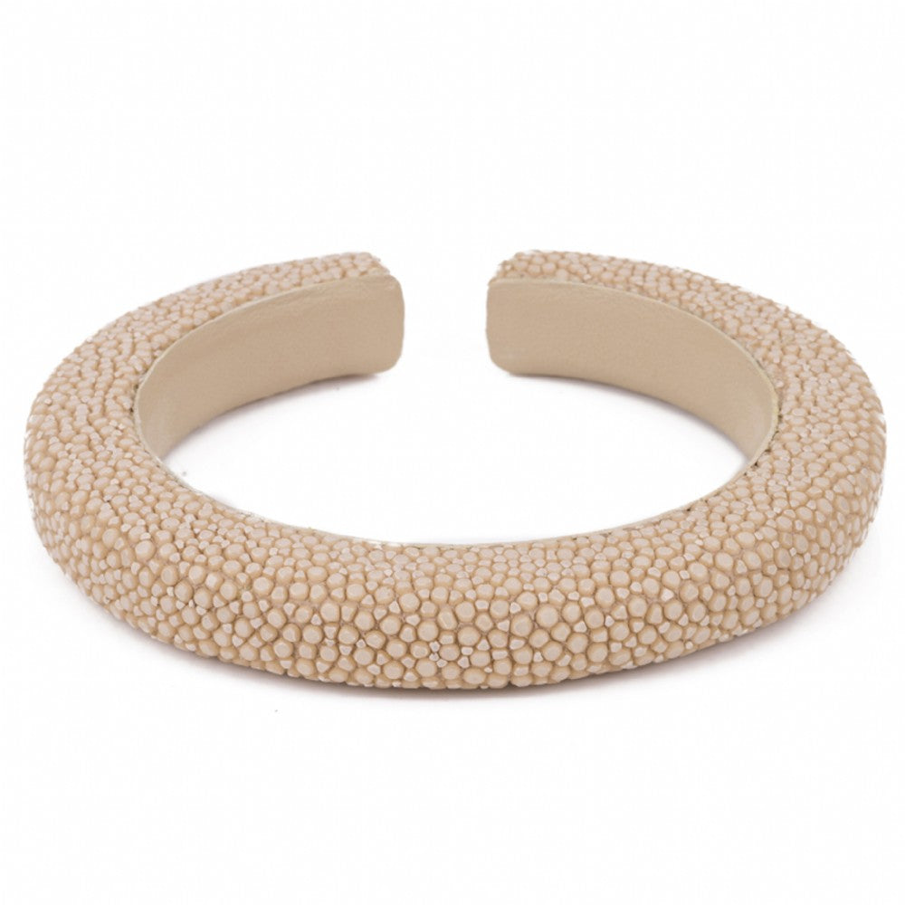 Narrow flexible shagreen cuff-Latte