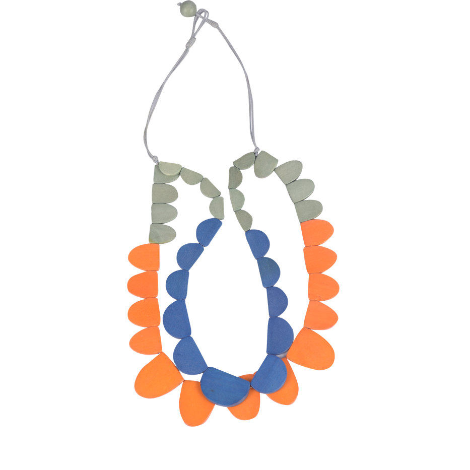 ORANGE SCALLOP NECKLACE