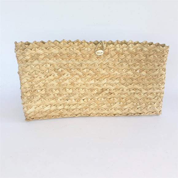 Samoan Handwoven Clutch Purse (Natural) - Poutasi Development Trust
