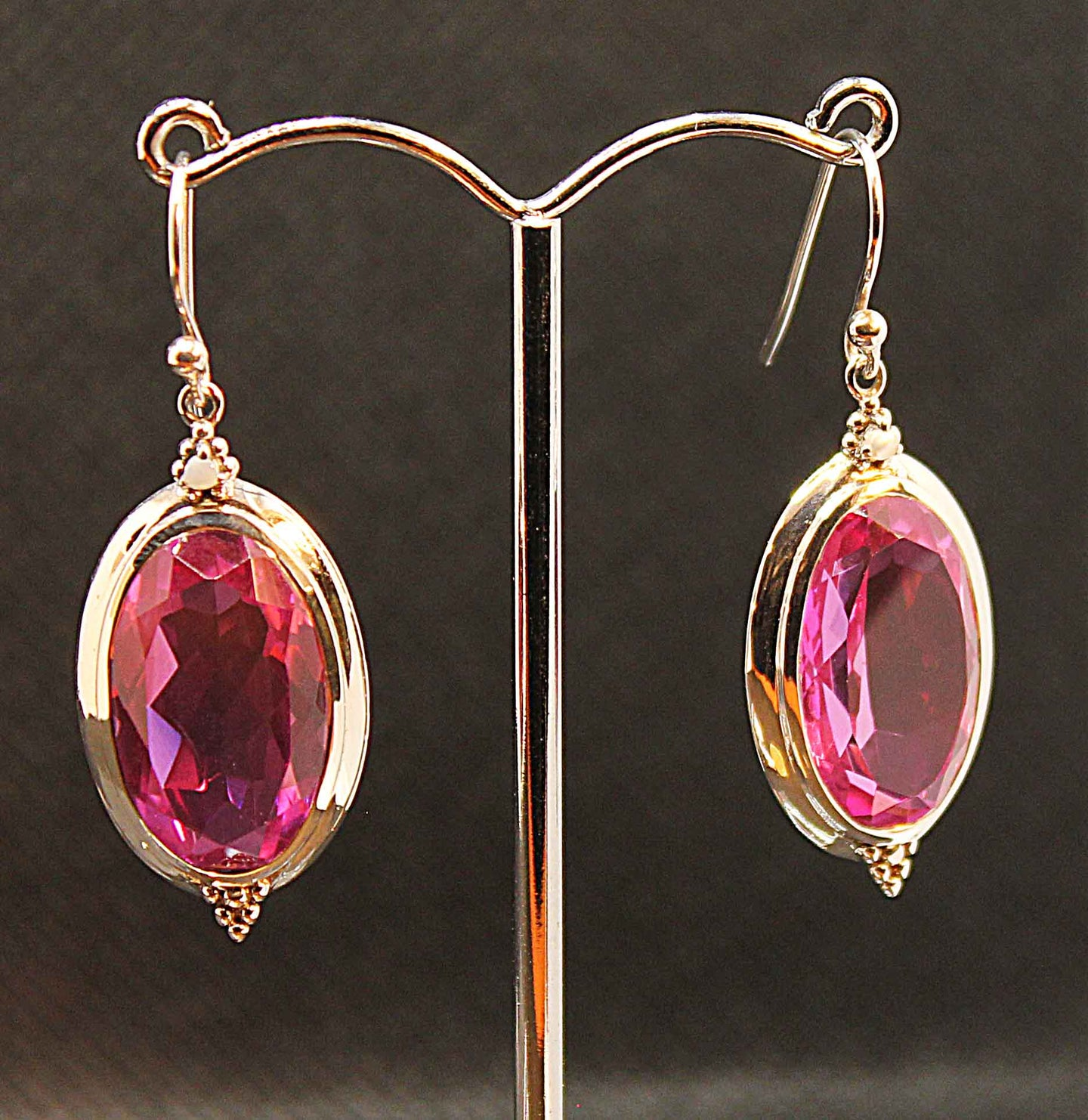 Stunning top quality pink quartz earring in sterling silver