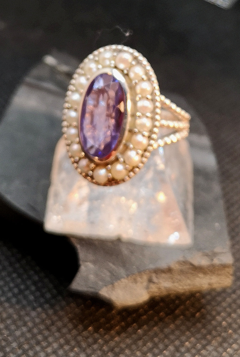 Lilac quartz sterling silver ring with genuine pearl