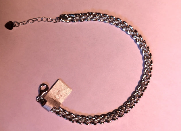 sterling silver bracelet with rhodium finish and cubic