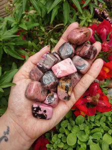 Rhodonite cubes