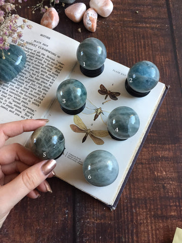 Aquamarine mini spheres