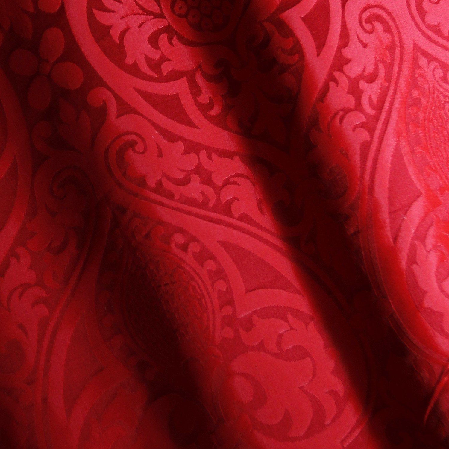 Alton/Pugin Damask - Red - Watts & Co. (international)