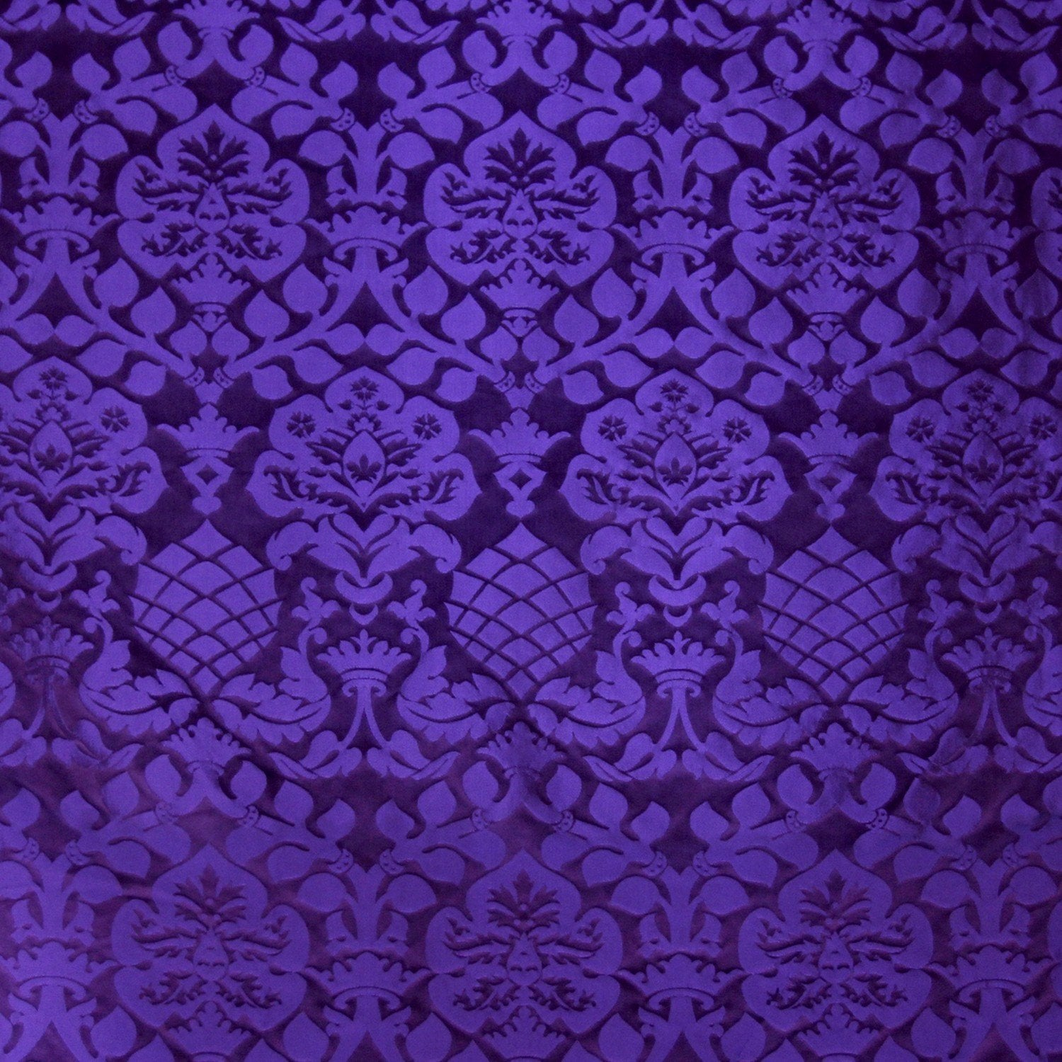 Davenport Damask - Purple - Watts & Co. (international)