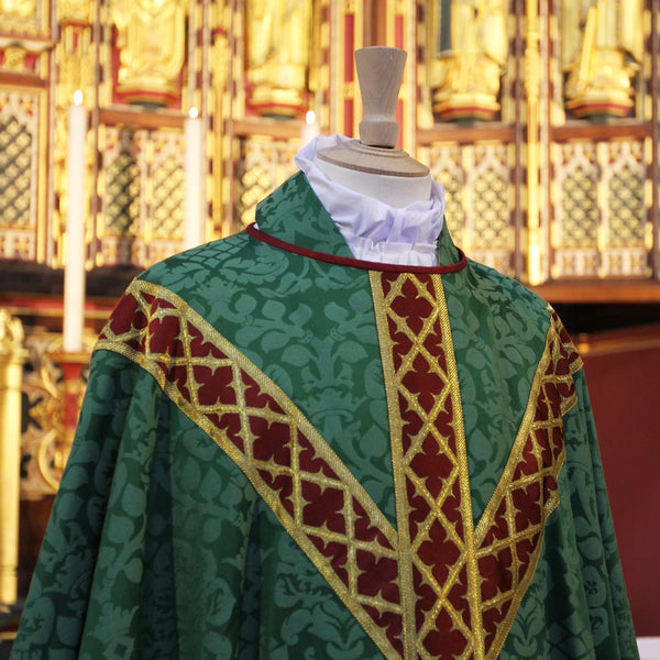 Davenport Vestments - Watts & Co. (international)