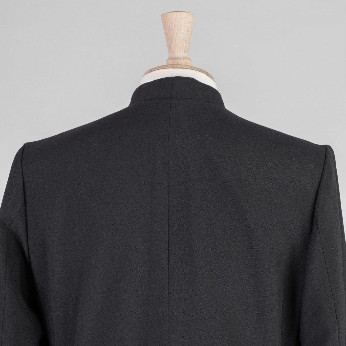 Double Breasted Minister Cassock<br>Lightweight Poly Wool (45% Wool) - Watts & Co. (international)