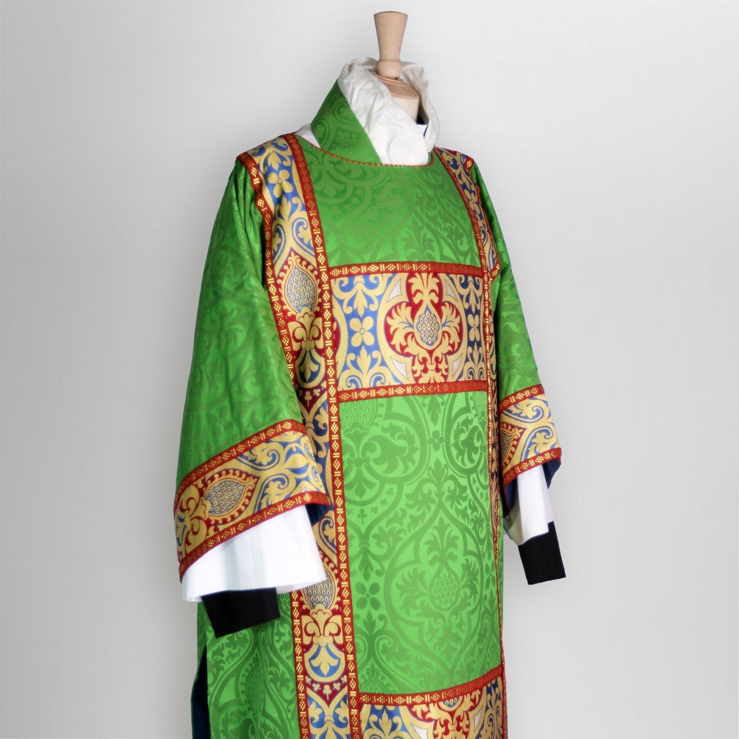 Full Gothic Dalmatic in Green Alton with Blue Talbot Orphreys - Watts & Co. (international)