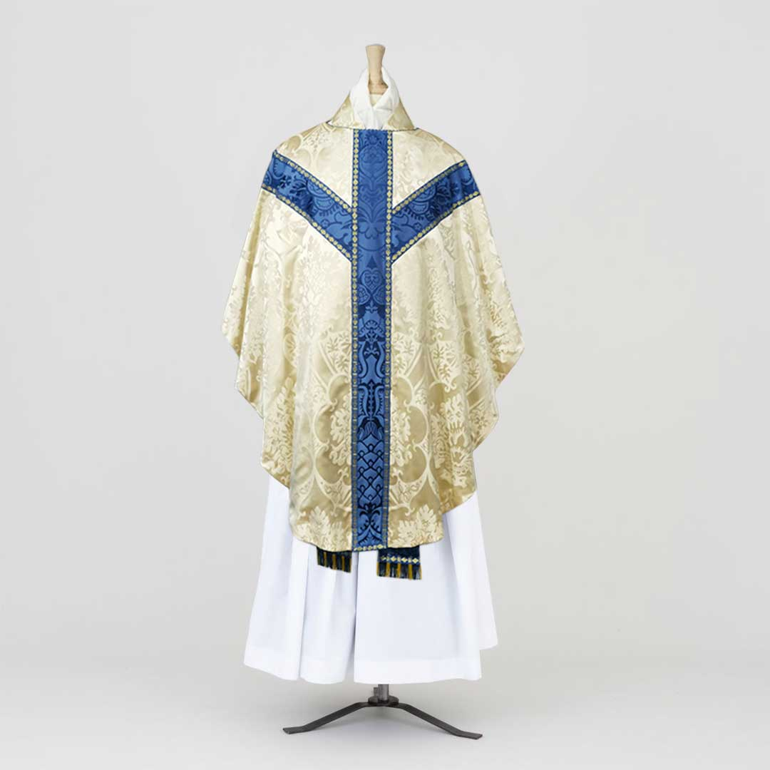 Gothic Chasuble & Stole in Cream 'Gothic' silk - Watts & Co. (international)