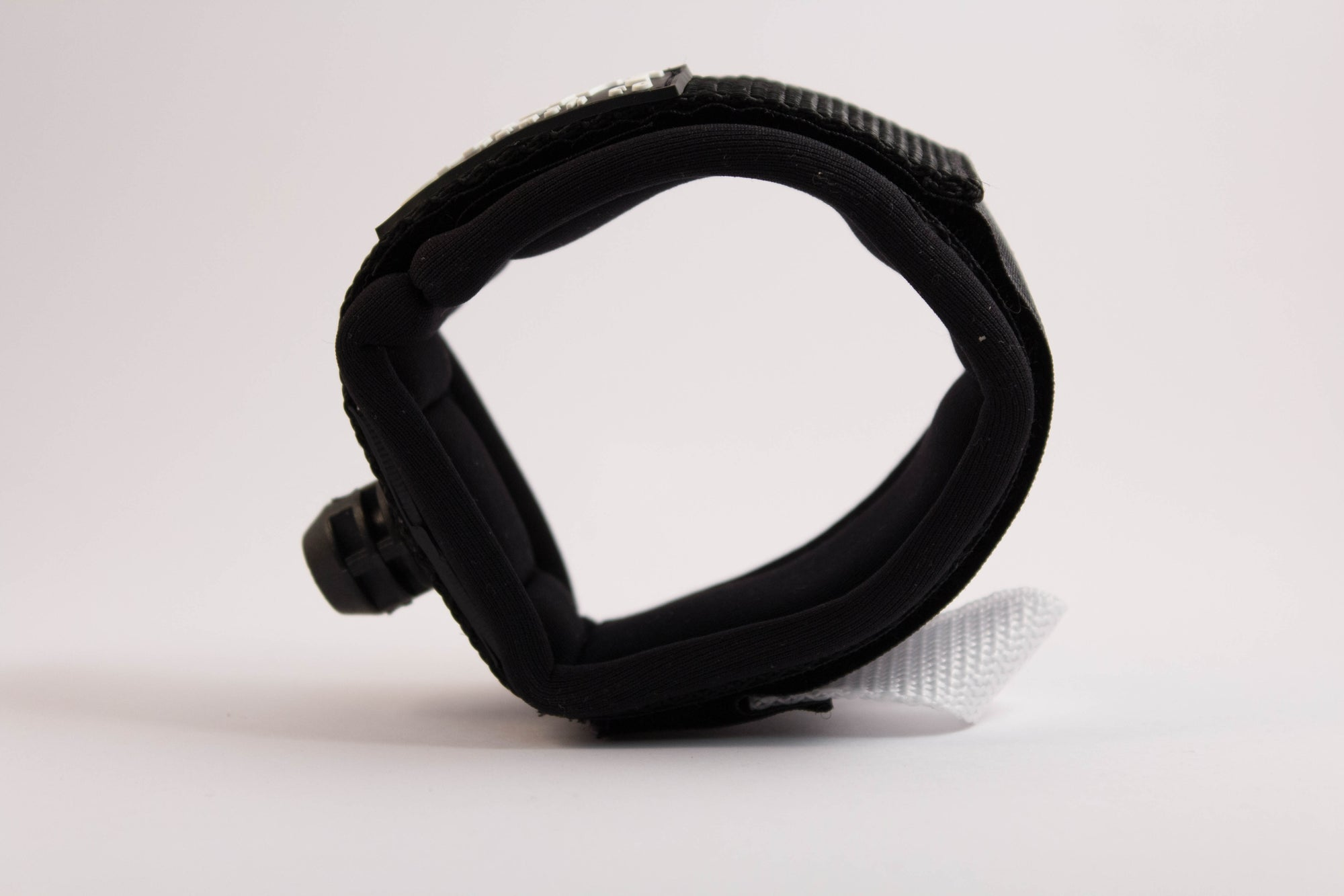 Ankle cuff by Smart Leash Co