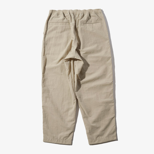 NYLON ANKLE TAPERED PANTS BEIGE