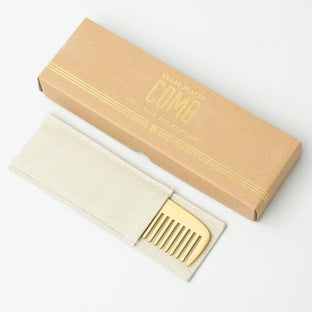 Combs - Not A Hair Out Of Place | Izola