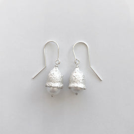 Eucalyptus leucoxylon Pearl Earrings