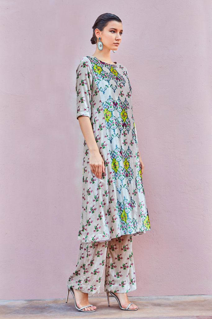 GANGA-JAMUNA HALF AND HALF VELVET KURTA WITH PRINTED VELVET PANTS