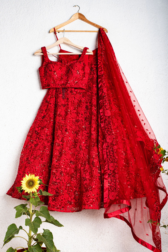 FEIRY RED EMBROIDERED BRIDAL LEHENGA SET