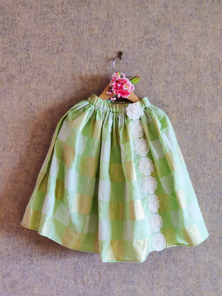 PASTEL GREEN CROP TOP WITH FOIL PRINT GHAGHRA