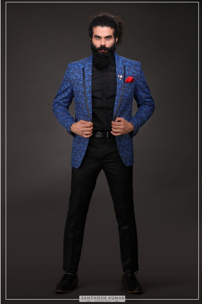 BLUE BLAZER WITH CONTRASTING PANTS
