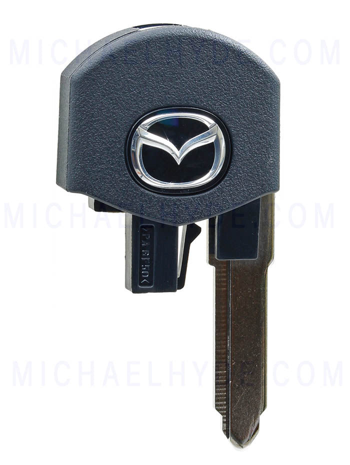 Mazda Flip Out Key Section (with chip) - G2YA-76-2GXA
