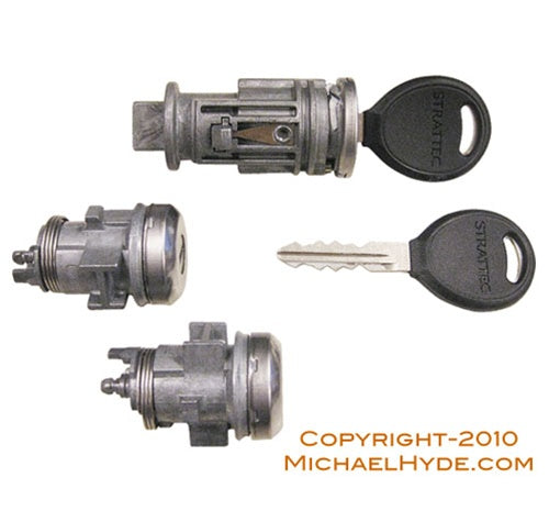 7012941 Chrysler Ignition-Door Lock Set Chrome (coded with keys) Strattec Lock Part