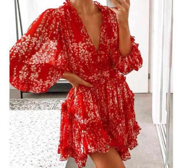 Elegant lantern sleeve ruffle dress