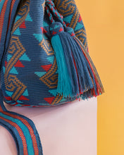 Load image into Gallery viewer, Pore Single Thread Wayuu Bag