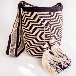 Yolombo Double Thread Wayuu Bag