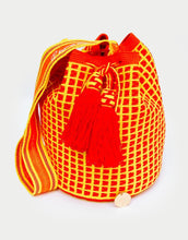 Load image into Gallery viewer, W. Canario Amarillo Susu Bag