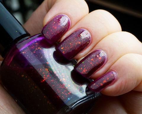 Reign - garnet / blood red colorshifting flakie