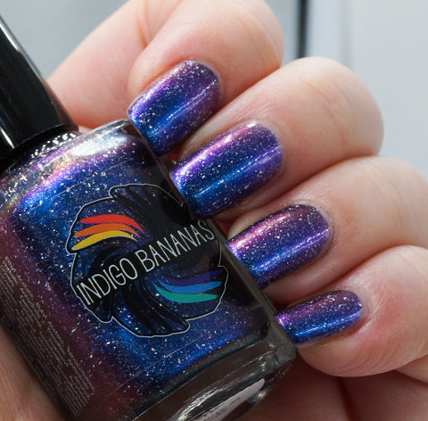 The Beauty in the World - light blue multichrome linear holographic w/ flakies
