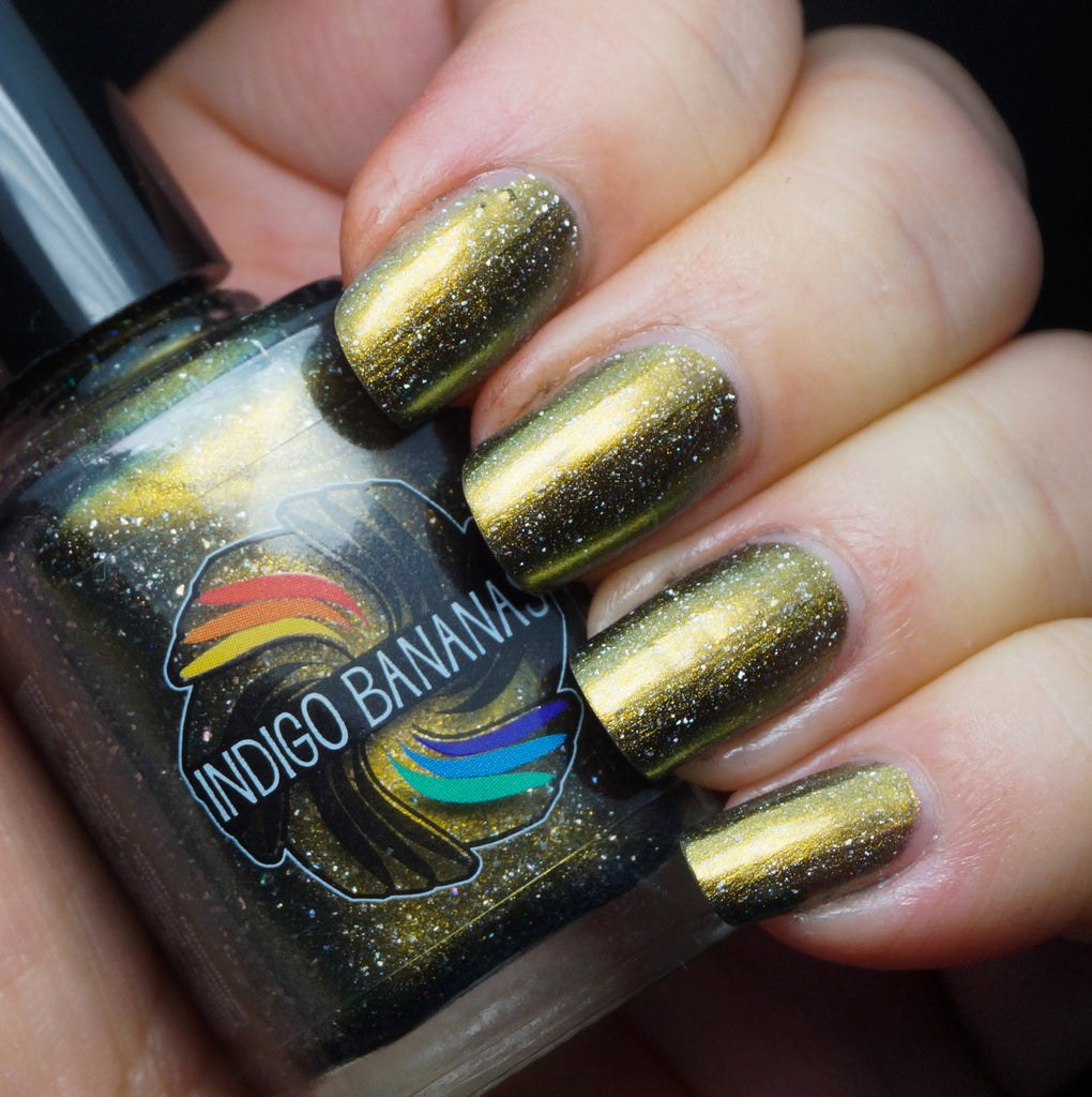 Center of the Maze - gold multichrome linear holographic w/ flakies